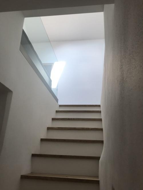 historische Treppe ins Dachgeschoss